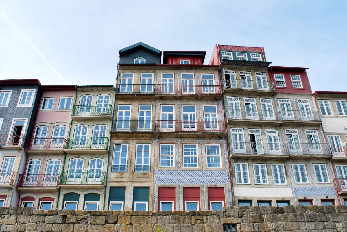 porto-riverside-houses