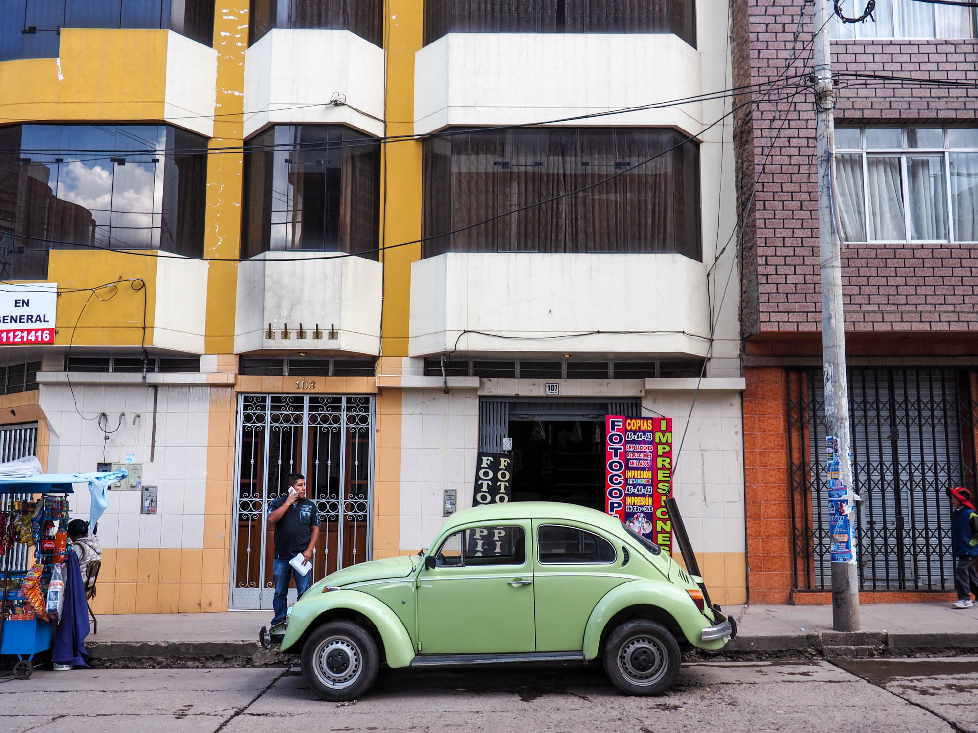 VW Beetle in Peru